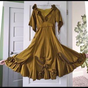 1930s Inspired Nataya Gold High-waisted Dress